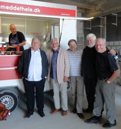 Sølunds Hot Dogs – med det hele