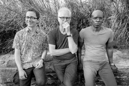 Bill Frisell feat. Thomas Morgan & Rudy Royston